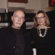 Ο Μάριος Βουτσινάς και η Μαρία Γκέρτσου εκδότης των GEMA Publications στην Αθηναϊκή παρουσίαση © Studio Panoulis