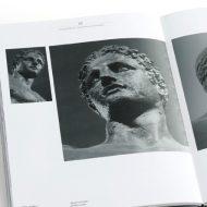 Σελίδες 42 & 43: Καλλιτεχνικός σχεδιασμός από τον Δημήτρη Μητσιάνη